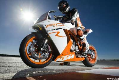 Ktm Rc R 2011 wallpaper