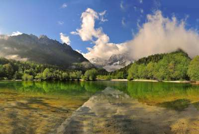 Mountain Reflection in Lake With Green Landscape wallpaper