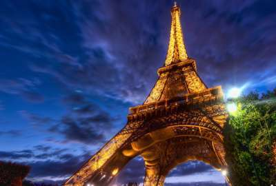 Night Vision Eiffel Tower wallpaper