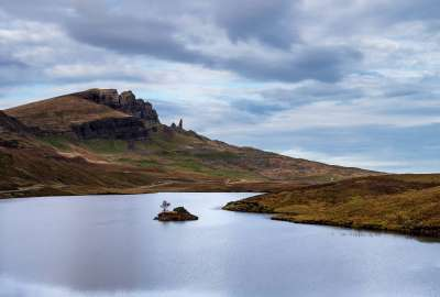 Old Man Of Storr Isle Of Skye Scotland wallpaper
