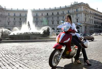 Piaggio Beverly 2010 wallpaper