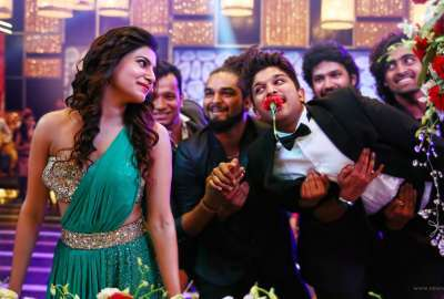 Samantha Allu Arjun SO Satyamurthy wallpaper