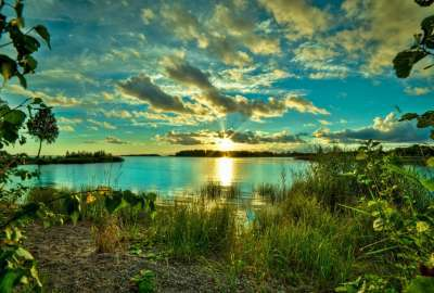 Sunrise From Lake Shore wallpaper