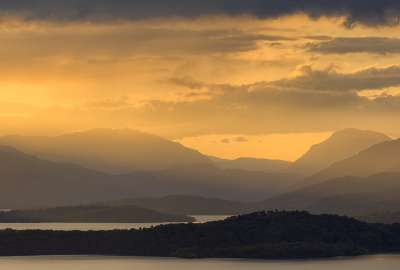 Sunset in Loch Lomond Scotland wallpaper