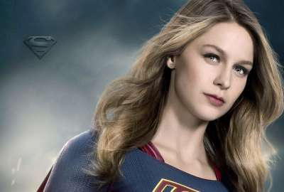 Supergirl Melissa Benoist Season 2 wallpaper