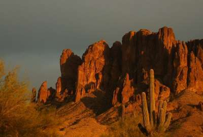 Superstition Mountains AZ wallpaper