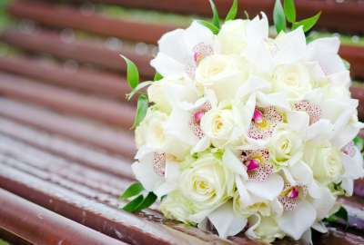 White Wedding Bouquet Orchids wallpaper