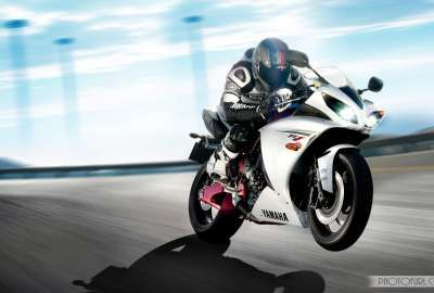 Yamaha R1 Wallpaper Hd wallpaper
